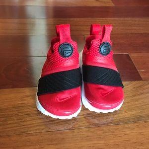 Nike Presto 4C